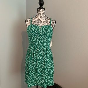 Strappy sundress,  green with white daisies L